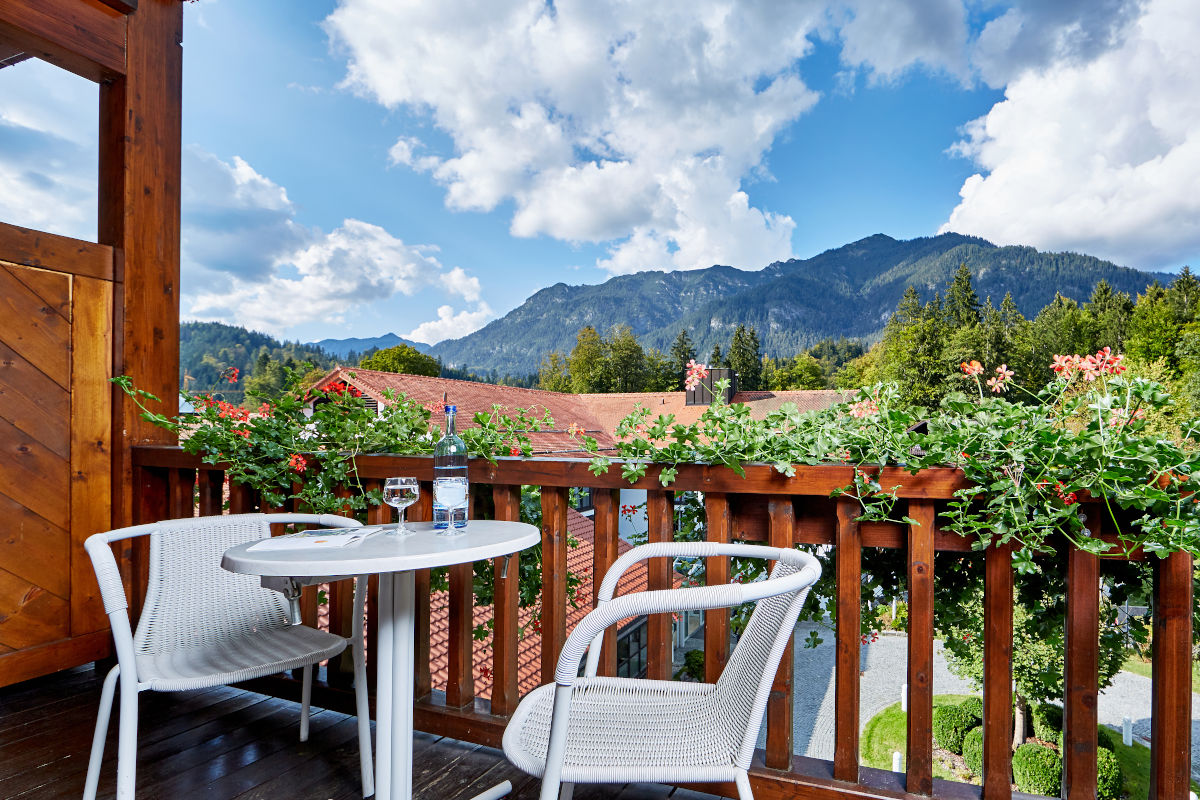Hotel am Badersee - Seehaus Family Room room view 9