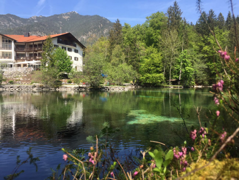 Coworker Lab Blog: Keeping the Zugspitze in View - Coworking Paradise in the Bavarian Outdoors